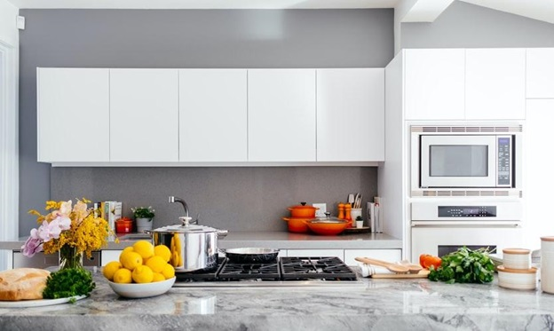 Keep Your Family Safe: 8 Daily Tasks for a Clean Kitchen