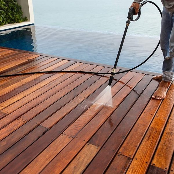 How to Choose the Right Deck Stain to Revamp Any Outdoor Space